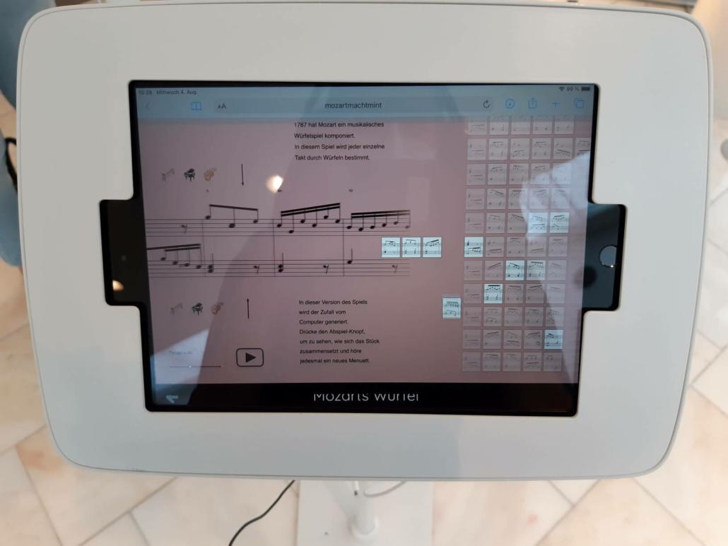 Mozart macht MINT zeigt die Verbindung von Musik und Mathematik.